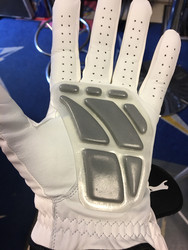 Golf glove with pad for goalies