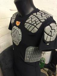 Referee jersey with rib pads