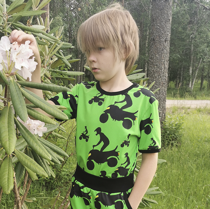 T-paidat lapsille, koot 86/92-146/152cm.