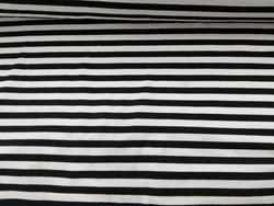 Tasaraita trikoo mustavalkoinen 13,90 e/m