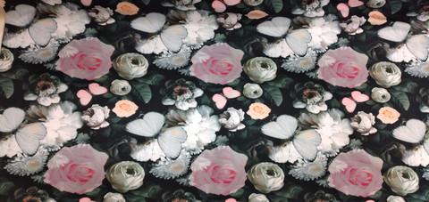 Trikoo Tummasävyinen ruusu 19,90 e/m