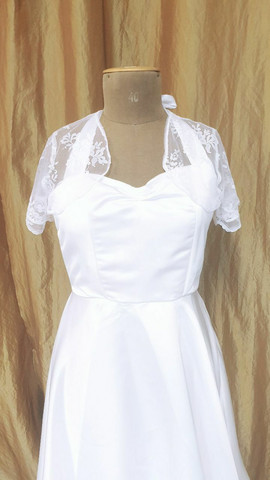 Lace bolero with short sleeves 36/38