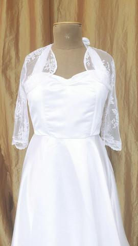 Lace bolero with 3/4 sleeves size 36/38