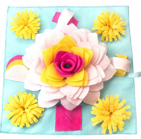 Nuuskumatto, iso kukka ja pienet kukat