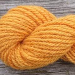 Manta wool yarn, plant-dyed 25g