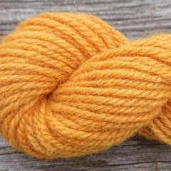 Manta wool yarn, plant-dyed 25g