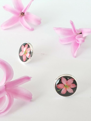Clematis -stud earrings