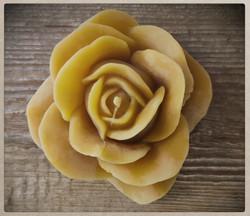 Mehiläisvahakynttilä, iso ruusu