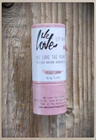 We Love The Planet, Huulivoide - Velvet Shine