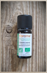 Rosmariini (Rosmarinus officinalis camphré) 100 % luomu eteerinen öljy.