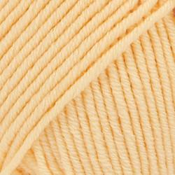Merino Extra Fine vaaleankeltainen uni colour 24