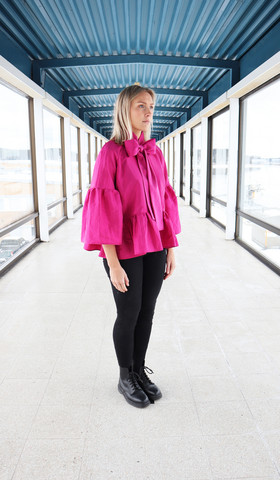 LUSH- SHIRT WITH BOW COLLAR, PINK