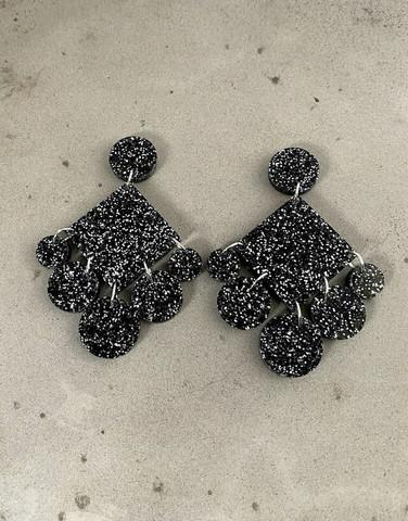 DANGLE - CIRCLE EARRING, BLACK glitter