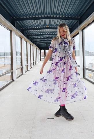 FLOWY- SILK DRESS, LONG FLOWER GREY