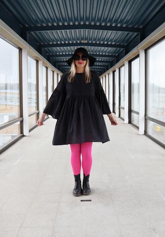 LUSH - BABYDOLL DRESS BRODE, BLACK