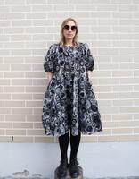 LUSH- DRESS TULLE FLOWER