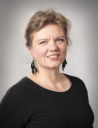 Hirvenkynsikorvakorut yhteistyössä Camilla Mikaman kanssa