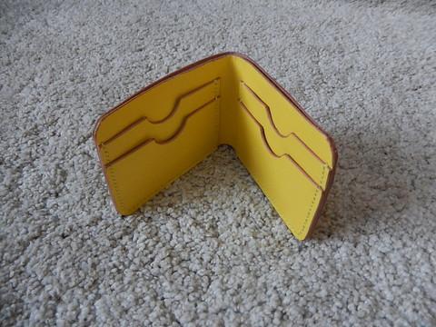 Nahkainen korttilompakko/ bifold-lompakko, keltainen/natural