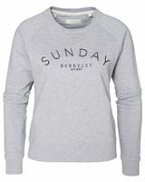 W's Sunday Sweater