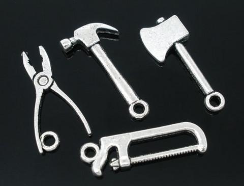 Työkalut-riipukset 4kpl