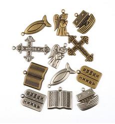 Metallikoristeet uskonnolliseaiheet risti