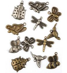Metallikoristeet hyönteiset