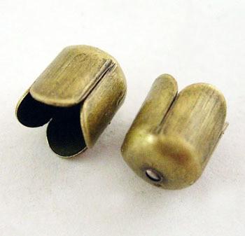 Helmihattu antiikkipronssi 8,5mm x 8,5mm 20kpl