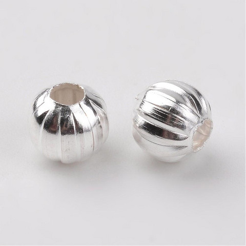 Metallihelmi urilla hopea 6mm 30kpl