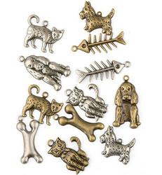 Metallikoristeet kissat, koirat