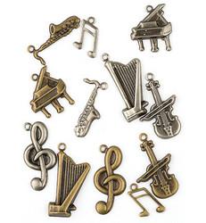 Metallikoristeet musiikki