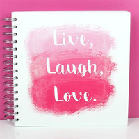 Simply Creative kierrealbumi Live, Laugh, Love 8x8
