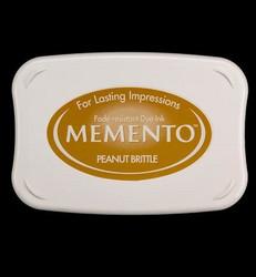 Memento musteetyyny, sävy Peanut Brittle