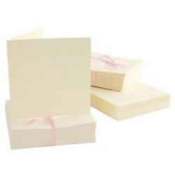 Anita's 13.5 x 13.5 cm korttipohja ja yhteensopiva kirjekuori, kerma, 100 kpl