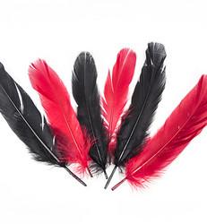 Sulat, musta ja punainen, 15 kpl