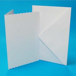 CraftUK korttipohjat ja kirjekuoret, scalloped (piparireuna), valkoinen, A6, 50 kpl
