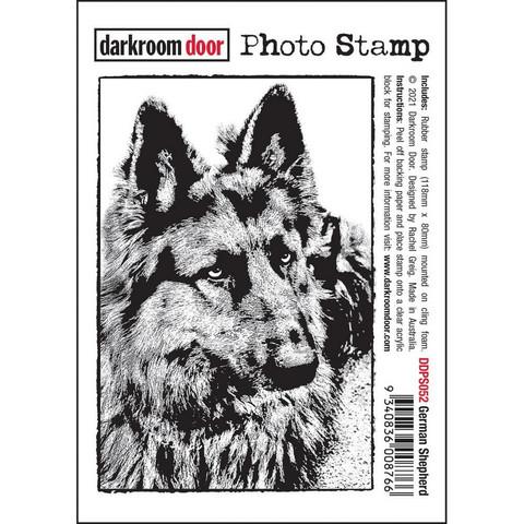 Darkroom Door leimasin German Shepherd