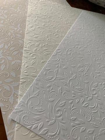Kohokuvioitu kartonki, A4, valkoinen
