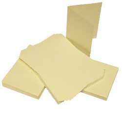 CraftUK korttipohjat ja kirjekuoret, deckle (sahalaita), kerma, A6, 50 kpl