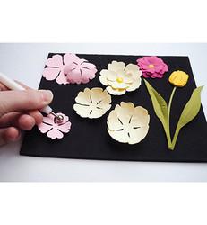 Marianne Design kukkien muotoilusetti