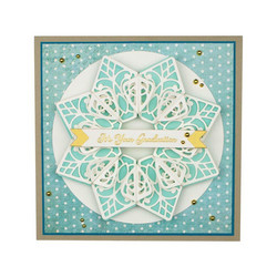 Spellbinders Pointed Harmony Doily -stanssisetti