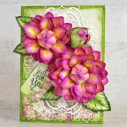 Heartfelt Creations Dazzling Dahlia -stanssisetti