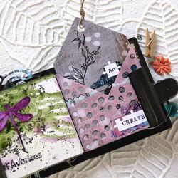 Elizabeth Craft Designs Art Journal stanssi Sealed Pocket
