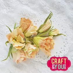 Craft & You stanssi Eustoma Flowers