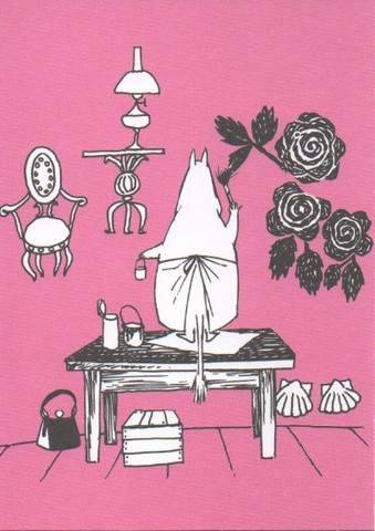 Moominmamma cleans up