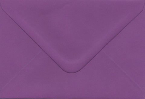 Solid color envelope 12.5x18.5cm - dark purple