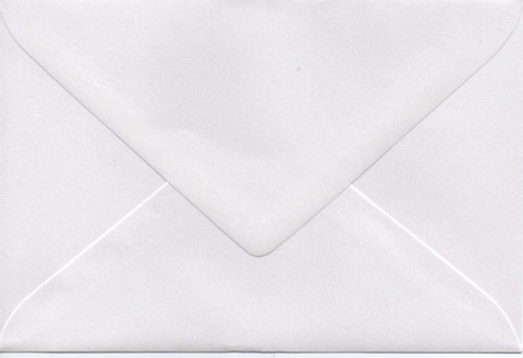 Solid color envelope 12.5x18.5cm - pearly white