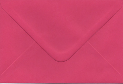 Solid color envelope 12.5x18.5cm - magenta