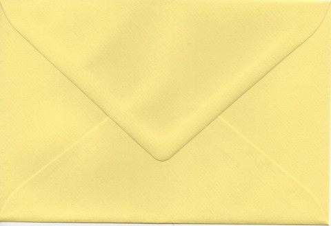 Solid color envelope 12.5x18.5cm - light yellow