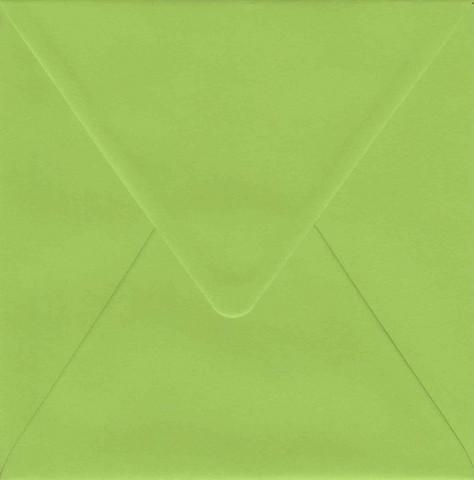 Yksivärinen neliökirjekuori 14.4x14.4cm - vaaleanvihreä