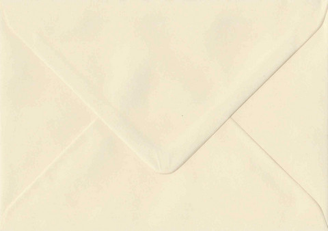 Solid color envelope 11.5x16.2cm - cream white